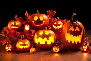 Happy-Halloween-Pumpkin-Carving-